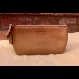 COACH Vintage Small Leather Cosmetic Pouch Bag
